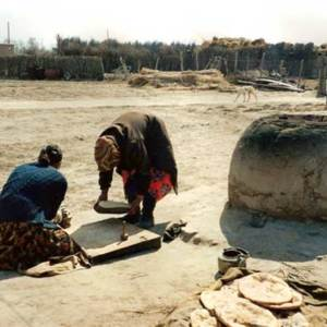Préparation du pain au Karakalpakstan