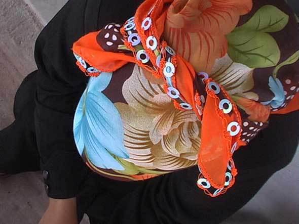 Femme pomaque au foulard (Montagnes rhodhopéennes)