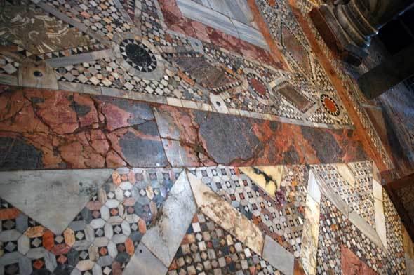 Pavage de la basilique Saint-Marc (Venise)