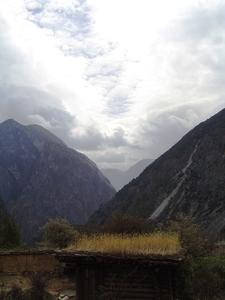 Les montagnes du comté de Muli, en bordure du haut plateau tibétain (Xiangjiao)